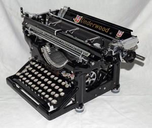 Máquina de escribir restaurada